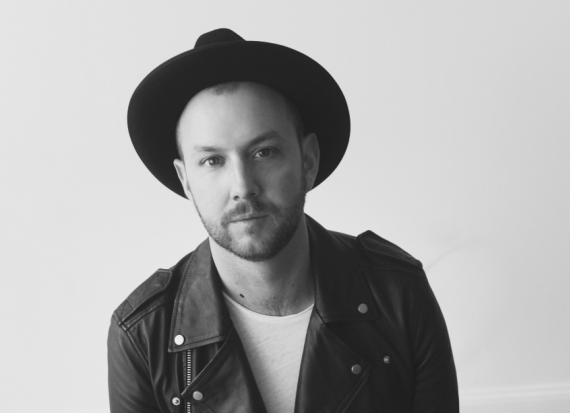 Matt Simons with Hat